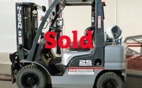 nissan 2.5ton container mast forklift